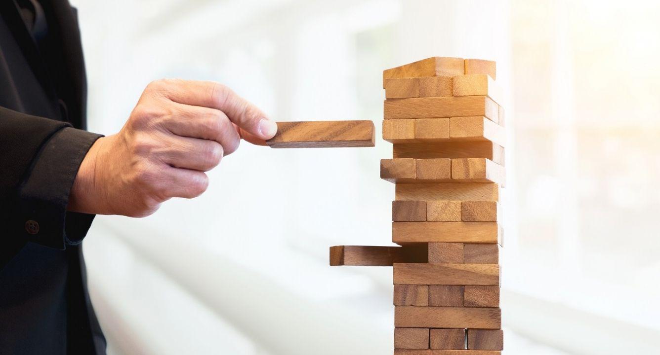 Управление коммерческими проектами фирмы, Стратегический менеджмент и стратегия развития